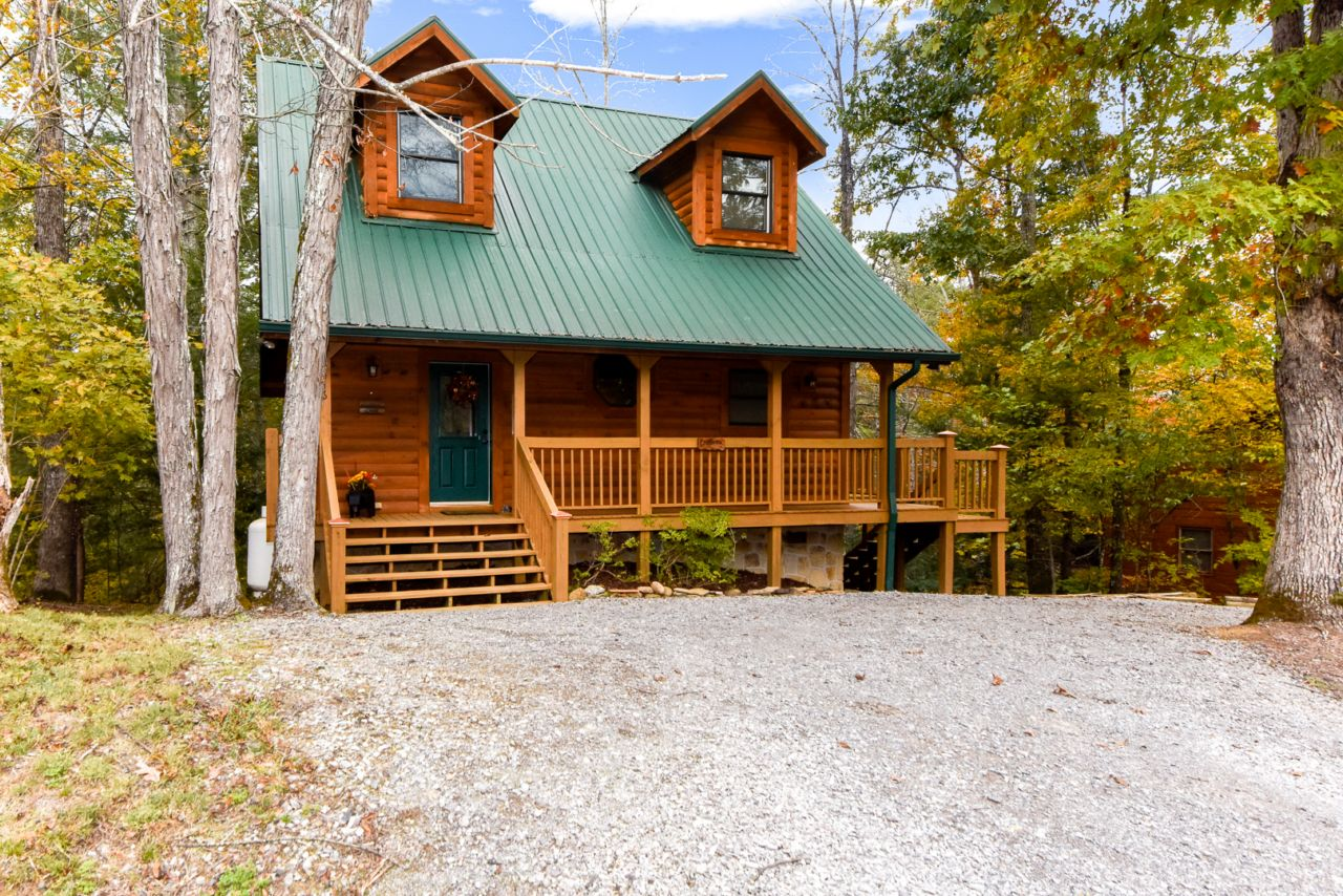 Townsend cabin rentals smoky mountain vacation homes for Cabin rental smokey mountains