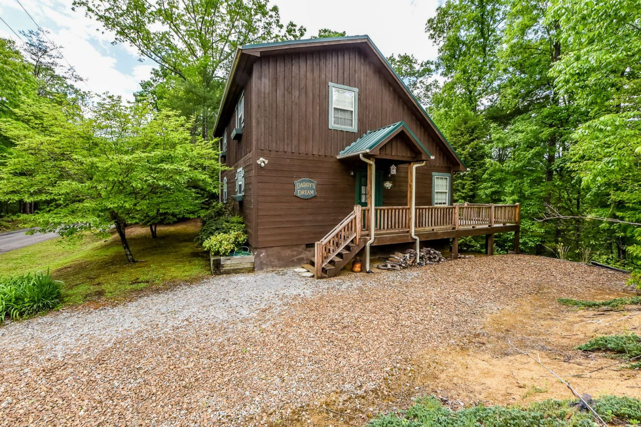 Daddy 39 s dream townsend cabin rentals dogwood cabins for Dogwood cabin