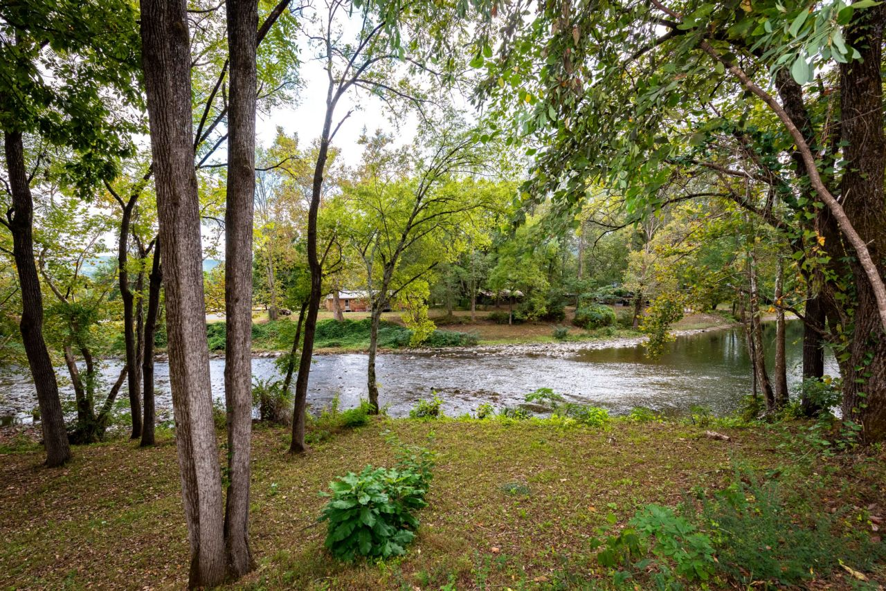 Rapids on the River at Wellspring Retreat Photos - Rapids on the River_DSC3945-Large.jpg